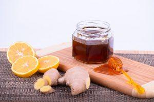 lemon dan madu untuk menghilangkan bulu dan mencerahkan ketiak