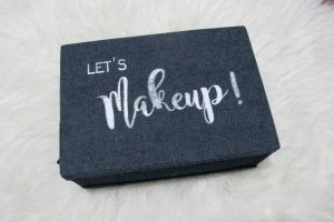 makeup bag denim dari Makeupuccino