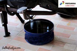 Ganti oli motor secara berkala